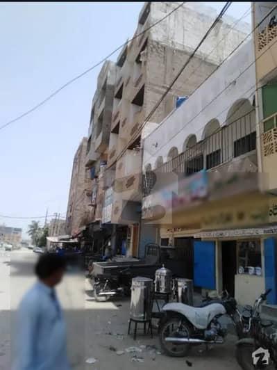 اللہ والا ٹاؤن ۔ سیکٹر 31-بی اللہ والا ٹاؤن کورنگی کراچی میں 2 کمروں کا 2 مرلہ فلیٹ 17.5 لاکھ میں برائے فروخت۔