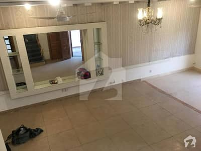 5 Marla Beautiful Straight Line Self Constructed Villa For Sale