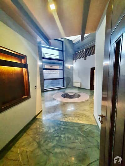 Beautiful Luxury 8 Bedrooms Bungalow Located At Prime Location