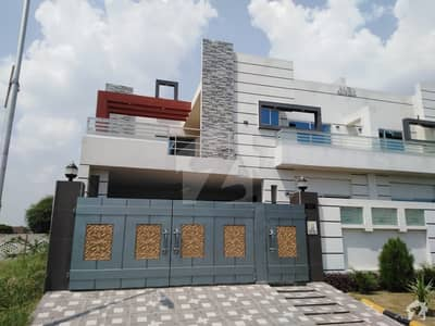 8 Marla House In Faisalabad Road Best Option