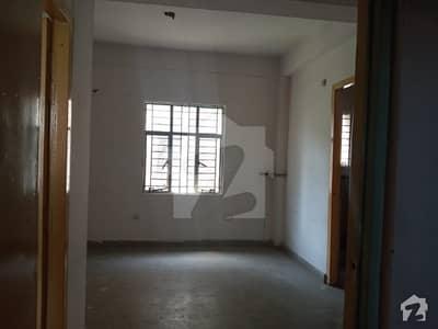 لیبر کالونی لاہور میں 2 کمروں کا 3 مرلہ فلیٹ 25 لاکھ میں برائے فروخت۔