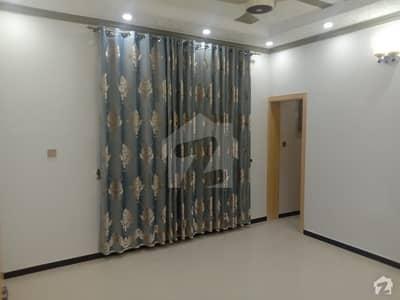حیات آباد فیز 1 - ای2 حیات آباد فیز 1 حیات آباد پشاور میں 6 کمروں کا 10 مرلہ مکان 3.2 کروڑ میں برائے فروخت۔