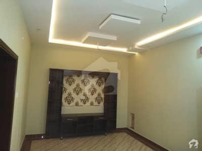 حیات آباد فیز 1 - ڈی3 حیات آباد فیز 1 حیات آباد پشاور میں 7 کمروں کا 5 مرلہ مکان 2.7 کروڑ میں برائے فروخت۔