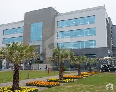 ڈی ایچ اے فیز 6 - بلاک ایف فیز 6 ڈیفنس (ڈی ایچ اے) لاہور میں 1.05 کنال رہائشی پلاٹ 4.5 کروڑ میں برائے فروخت۔