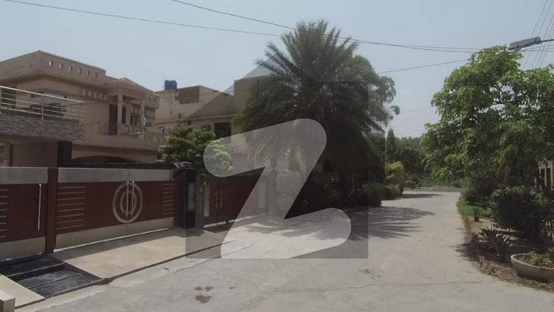 5 Marla House An Elegant For The People With Class Is Available For Sale At Airport Road Lahore