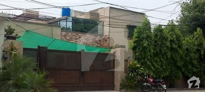 گلبرگ 2 گلبرگ لاہور میں 6 کمروں کا 2 کنال مکان 7 لاکھ میں کرایہ پر دستیاب ہے۔