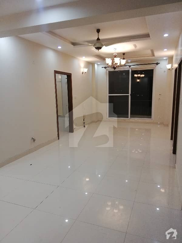ای ۔ 11 اسلام آباد میں 2 کمروں کا 6 مرلہ فلیٹ 1.65 کروڑ میں برائے فروخت۔