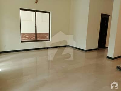 40X80 Beautiful house is up for sale fully renovated