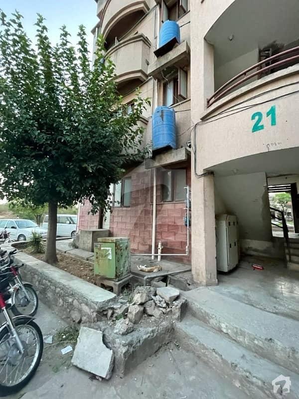 جی ۔ 11/4 جی ۔ 11 اسلام آباد میں 2 کمروں کا 3 مرلہ فلیٹ 85 لاکھ میں برائے فروخت۔