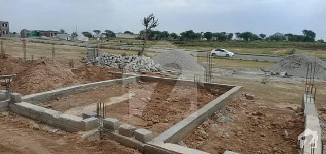 آئی جے پی روڈ اسلام آباد میں 2 کمروں کا 3 مرلہ فلیٹ 60 لاکھ میں برائے فروخت۔
