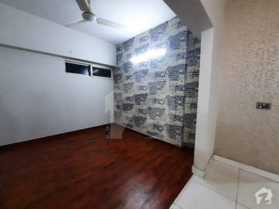 کلفٹن ۔ بلاک 4 کلفٹن کراچی میں 2 کمروں کا 5 مرلہ فلیٹ 65 ہزار میں کرایہ پر دستیاب ہے۔