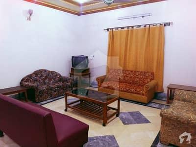 کالج روڈ فیصل آباد میں 6 کمروں کا 6 مرلہ مکان 50 ہزار میں کرایہ پر دستیاب ہے۔