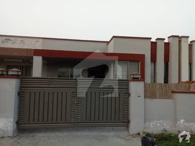 خیابان امین - بلاک پی خیابانِ امین لاہور میں 2 کمروں کا 5 مرلہ مکان 15 ہزار میں کرایہ پر دستیاب ہے۔