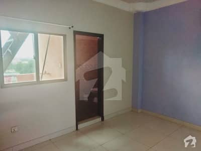 کلفٹن ۔ بلاک 2 کلفٹن کراچی میں 3 کمروں کا 13 مرلہ پینٹ ہاؤس 98 ہزار میں کرایہ پر دستیاب ہے۔