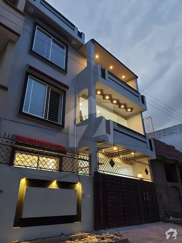 House For Sale Ghouri Town Ph 7
