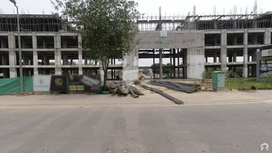 ایس کیو 99 مال بحریہ ٹاؤن مین بلیوارڈ بحریہ ٹاؤن لاہور میں 2 کمروں کا 5 مرلہ فلیٹ 1.05 کروڑ میں برائے فروخت۔