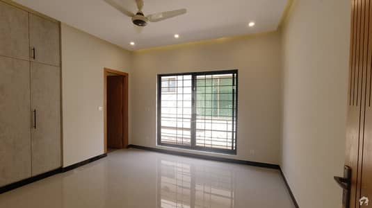 In Bahria Town Rawalpindi 8 Marla House For Sale