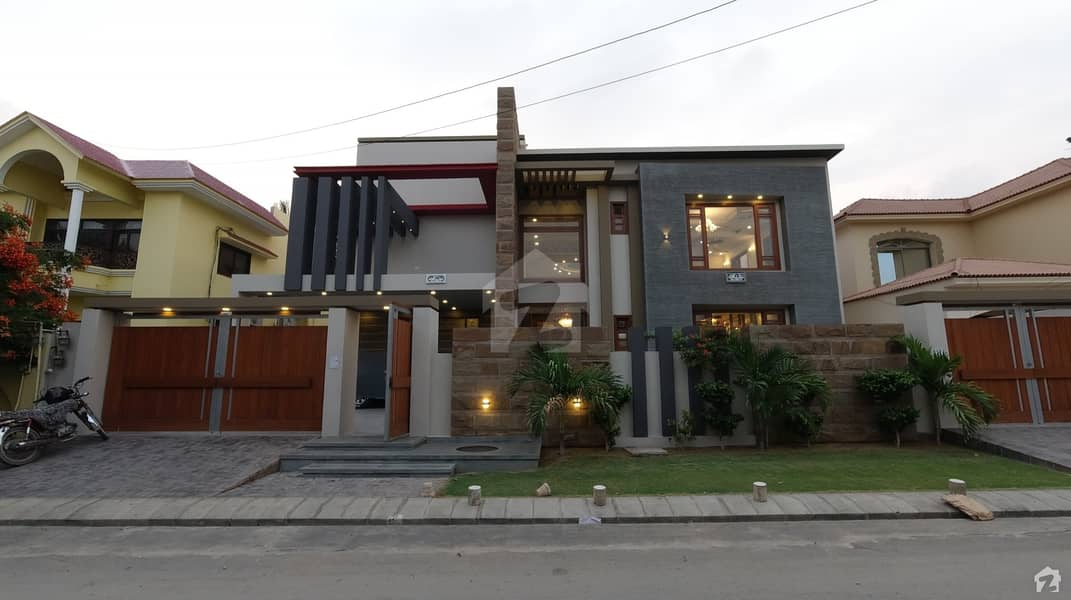 750 Square Yard  Brand Newly Built House By Professional Architect And Engineer