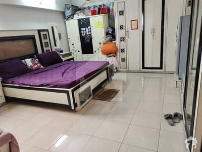 1600 Square Feet Flat Available In Nazimabad For Sale