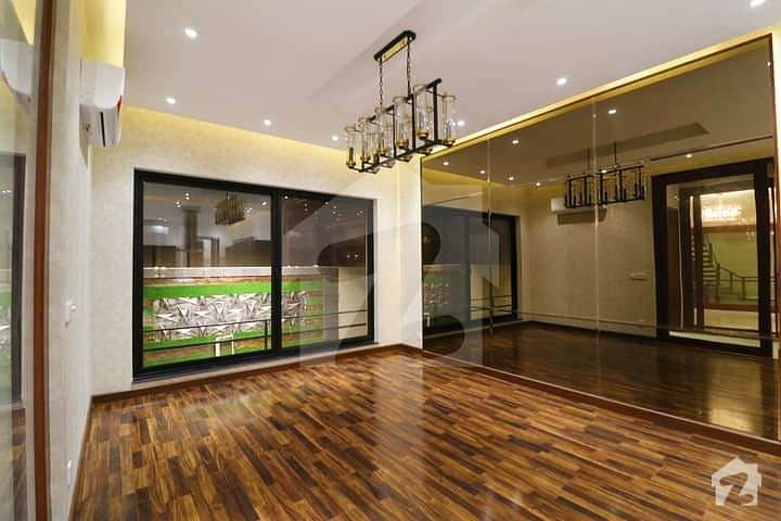 1 Kanal House For Sale At Prime Location In Reasonable Price At Very Hot Location