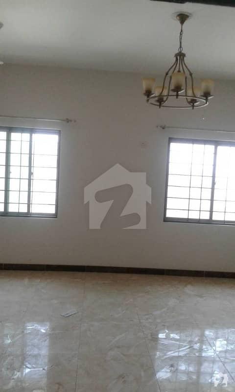 عسکری 11 ۔ سیکٹر بی اپارٹمنٹس عسکری 11 عسکری لاہور میں 3 کمروں کا 11 مرلہ فلیٹ 1.55 کروڑ میں برائے فروخت۔