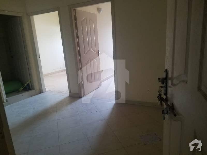 ای ۔ 11/2 ای ۔ 11 اسلام آباد میں 2 کمروں کا 2 مرلہ فلیٹ 65 لاکھ میں برائے فروخت۔
