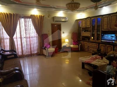 Flat For Sale Is Readily Available In Prime Location Of Latifabad Unit 6