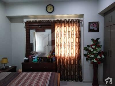 پارسا سٹی خضدارآباد صدر ٹاؤن کراچی میں 3 کمروں کا 8 مرلہ فلیٹ 2.65 کروڑ میں برائے فروخت۔