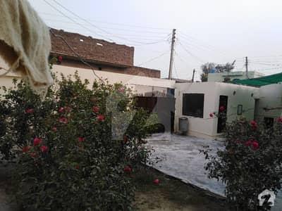 جامکے روڈ ڈسکہ میں 3 کمروں کا 9 مرلہ مکان 1.1 کروڑ میں برائے فروخت۔