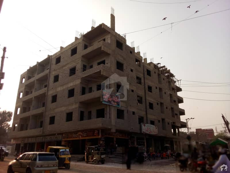 1400 Sq Feet Flat For Sale Available At Latifabad No 5, Main Sapna Plaza Opposite Arif Builders Office Hyderabad