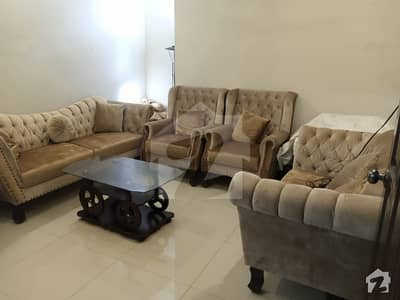 Gulshan-e-iqbal 240 Sq Yard 2nd Floor West Open Portion Is Available For Sale