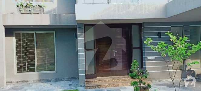 1 Kanal House in Pujab Cooperative Society in Main Ghazi Road Lahore