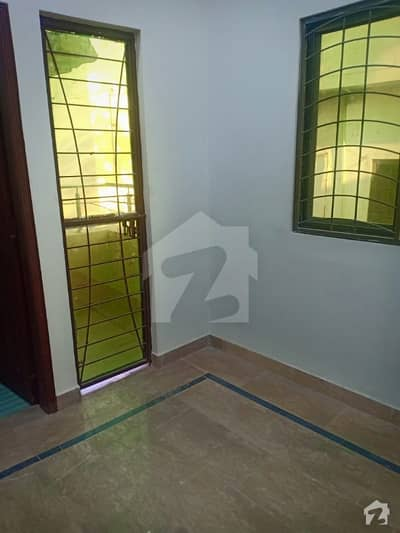 والٹن روڈ لاہور میں 3 کمروں کا 3 مرلہ مکان 34 ہزار میں کرایہ پر دستیاب ہے۔