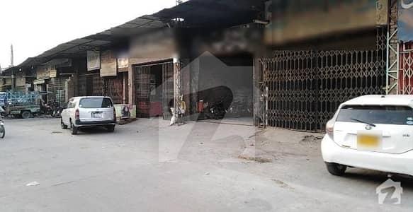 جھنگ بازار فیصل آباد میں 2 مرلہ دکان 8 کروڑ میں برائے فروخت۔