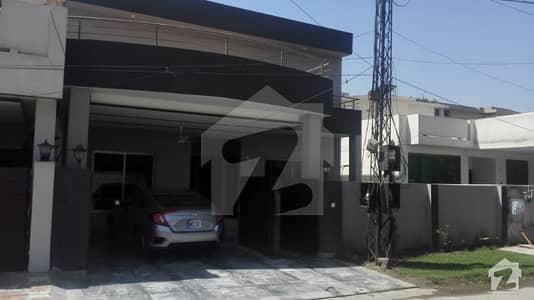 عسکری 3 عسکری لاہور میں 5 کمروں کا 12 مرلہ مکان 2.9 کروڑ میں برائے فروخت۔