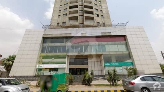 حالی روڈ گلبرگ لاہور میں 1 کنال عمارت 26 کروڑ میں برائے فروخت۔