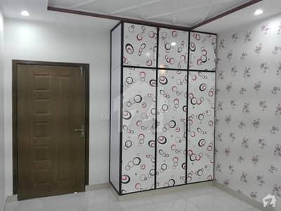 آئی ای پی انجینئرز ٹاؤن لاہور میں 5 کمروں کا 1 کنال مکان 90 ہزار میں کرایہ پر دستیاب ہے۔