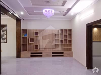 1 Kanal Upper Portion For Rent In Pakistan Town