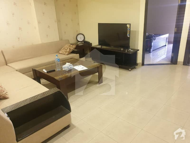 ڈی ایچ اے فیز 8 - بلاک کیو ڈی ایچ اے فیز 8 ڈیفنس (ڈی ایچ اے) لاہور میں 2 کمروں کا 5 مرلہ فلیٹ 1.2 کروڑ میں برائے فروخت۔