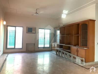 DEFENCE ONE KANAL BEAUTIFUL HOUSE FOR RENT IN DHA LAHORE