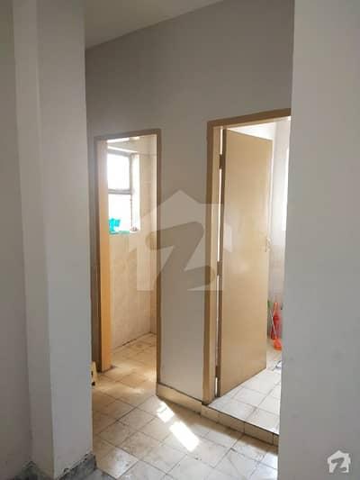 وفاقی کالونی لاہور میں 2 کمروں کا 3 مرلہ فلیٹ 38 لاکھ میں برائے فروخت۔