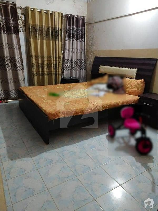 550 Square Feet Flat For Sale In University Road