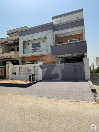 10 Marla (35x70) Brand New House For Sale