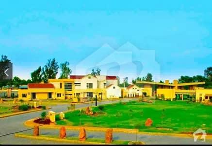 عوامی ولاز - بلاک سی عوامی ولاز بحریہ آرچرڈ لاہور میں 2 کمروں کا 5 مرلہ زیریں پورشن 42 لاکھ میں برائے فروخت۔
