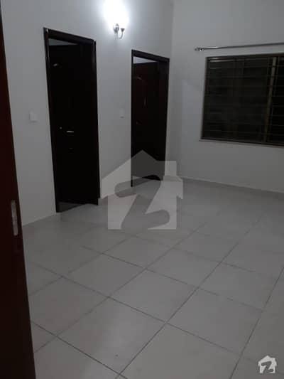 عسکری 10 - سیکٹر ایف عسکری 10 عسکری لاہور میں 3 کمروں کا 10 مرلہ فلیٹ 2.3 کروڑ میں برائے فروخت۔