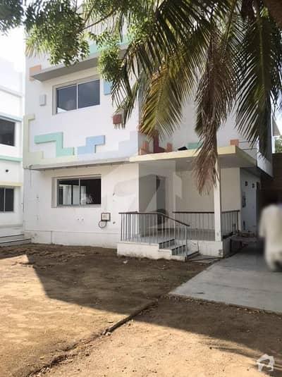 ٹیپو سلطان روڈ کراچی میں 12 کمروں کا 2.4 کنال مکان 12 لاکھ میں کرایہ پر دستیاب ہے۔