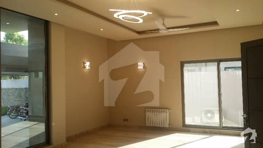 G-6 New House Of 1200 Sq Yd With Swimming Pool At Prime Location