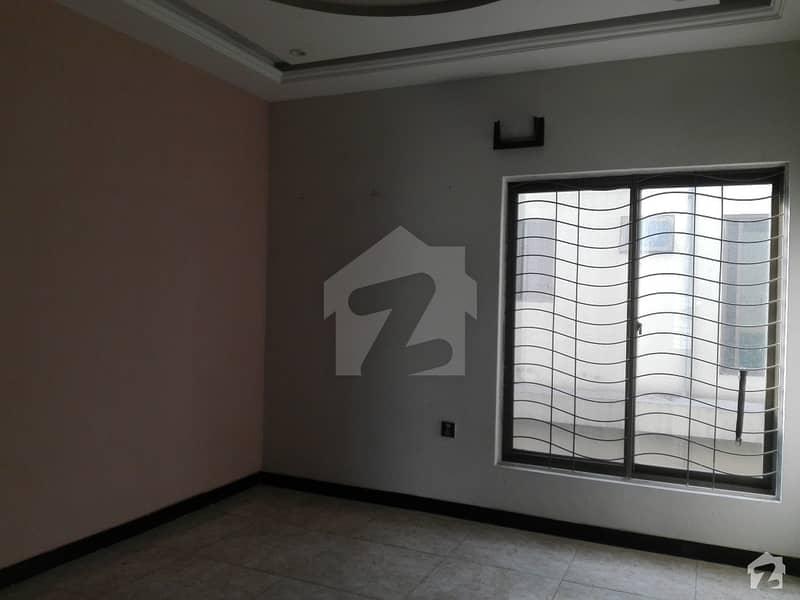 عامر ٹاؤن ہربنس پورہ لاہور میں 4 کمروں کا 10 مرلہ مکان 1.9 کروڑ میں برائے فروخت۔