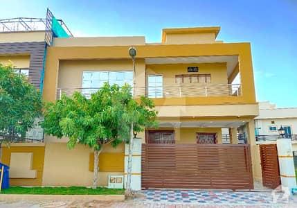 بحریہ ٹاؤن فیز 7 بحریہ ٹاؤن راولپنڈی راولپنڈی میں 5 کمروں کا 12 مرلہ مکان 2.99 کروڑ میں برائے فروخت۔