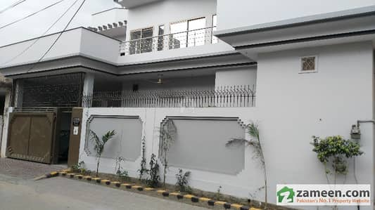 10 Marla Triple Storey Corner House Location With A Basement House For Sale